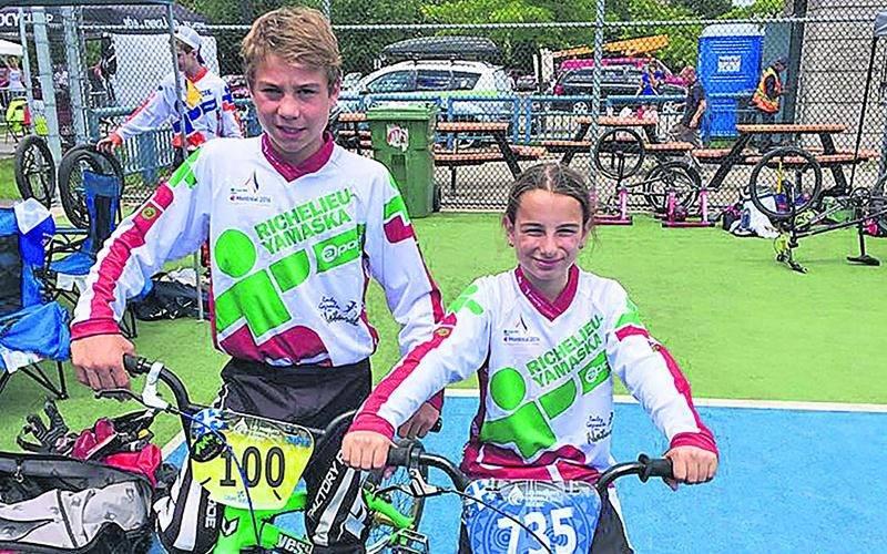 Édouard Proulx et Emy Poirier ont remporté la médaille de bronze au relais par équipe de BMX. Photo Courtoisie Liliane Brisette