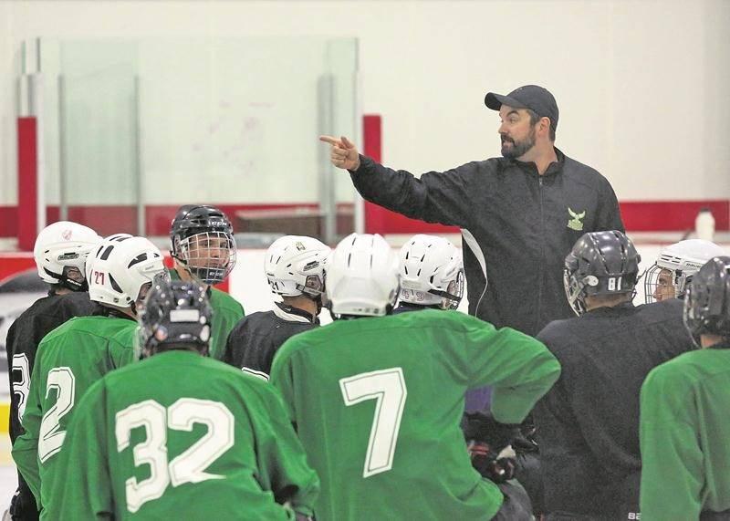 L'équipe de hockey des Lauréats du Cégep de Saint-Hyacinthe reprend forme en prévision de son intégration à la ligue collégiale du RSEQ.