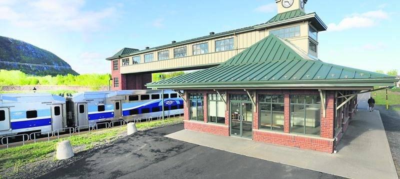 L'étude de l'AMT écarte définitivement tout projet de prolongation du train de banlieue de Mont-Saint-Hilaire à Saint-Hyacinthe. Photo Robert Gosselin   Le Courrier ©