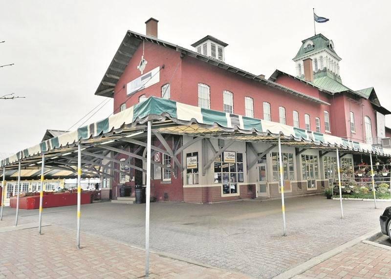 L'octroi d'un contrat de 1,97 M$ annonce le début des travaux de restauration du Marché public, une opération qui s'étalera sur quatre ans.