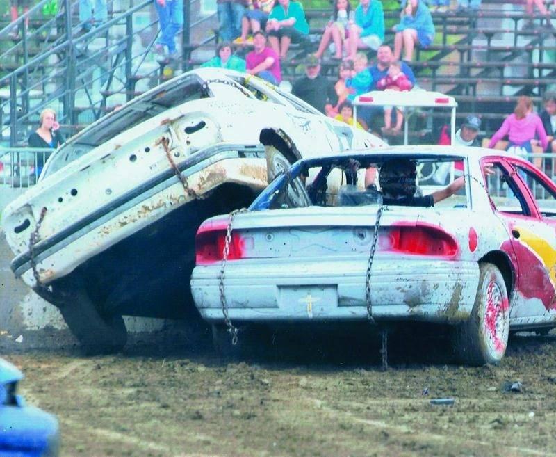 Le derby de démolition se veut toujours excitant, autant à l'Expo de Saint-Hyacinthe qu'au Festival du maïs de Saint-Damase.