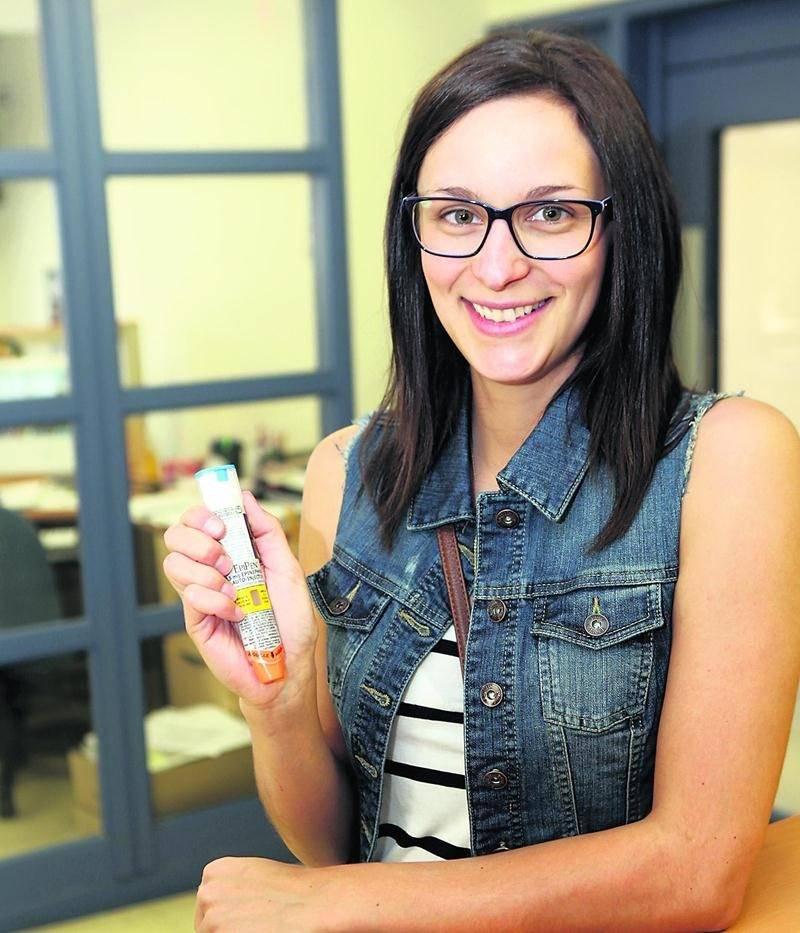 Les collègues de l'éducatrice spécialisée de la PHD, Audrey Dubreuil, n'ont pas hésité à lui injecter deux Épipen alors qu'elle était victime d'une allergie alimentaire.  Photo Robert Gosselin | Le Courrier ©