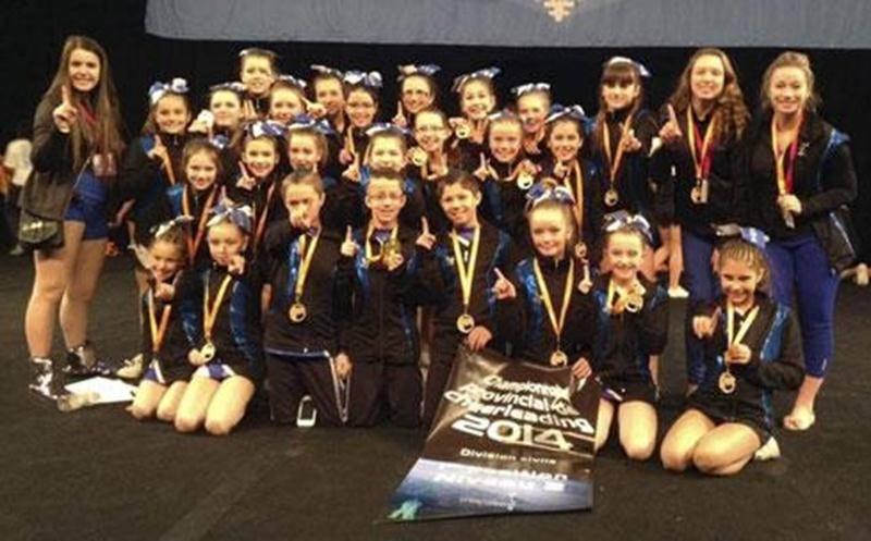 Six des huit équipes de ProCheer Association sont montées sur le podium au championnat provincial de cheerleading.