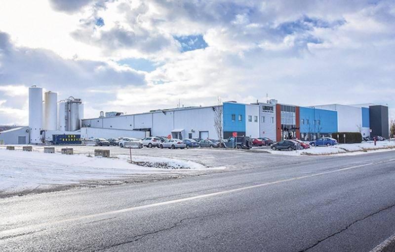 Les 185 employés syndiqués de l'usine Liberté de Saint-Hyacinthe débutent l'année 2018 avec une première convention collective.   Photothèque | Le Courrier ©