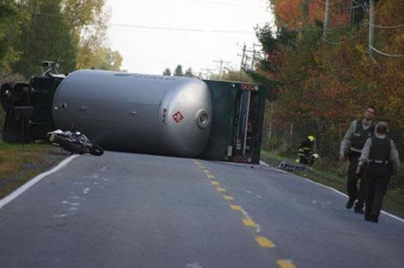 Un accident impliquant un camion-citerne a provoqué une fuite de gaz propane.