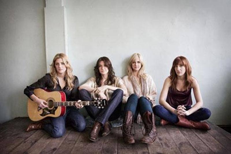 La formation Ladies of the Canyon sera de passage au Zaricot le 30 septembre. Fondé à Montréal en 2008, puis signé sous étiquette Warner Music Canada en 2009, Ladies of the Canyon est un groupe de quatre amies musiciennes et chanteuses qui ont décidé d'unir leurs talents pour écrire et interpréter des chansons inspirées par leurs groupes préférés, dont The Eagles, The Band et Fleetwood Mac. Elles sont: Maia Davies (voix, guitares, mandoline, claviers), Senja Sargeant (voix, guitares, mandoline)