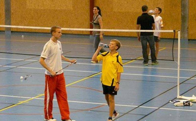 Afin de faire connaître le badminton, Loisir et Sport Montérégie et le Club de Badminton de Saint-Hyacinthe invitent tous les jeunes intéressés à faire gratuitement l'essai de ce sport les 7 et 8 mars, entre 13 h et 16 h, à la Polyvalente Hyacinthe Delorme. Entraîneur sur place, raquettes et volants fournis. Aucune réservation requise. Information : France Chagnon au 450 261-0083.