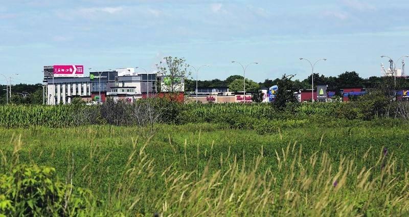 Le Groupe Robin vient d'acquérir un vaste terrain d'une superficie de 11 hectares situé à proximité du complexe M Rendez-vous Marchands dont l'entreprise maskoutaine est propriétaire. Photo Robert Gosselin | Le Courrier ©