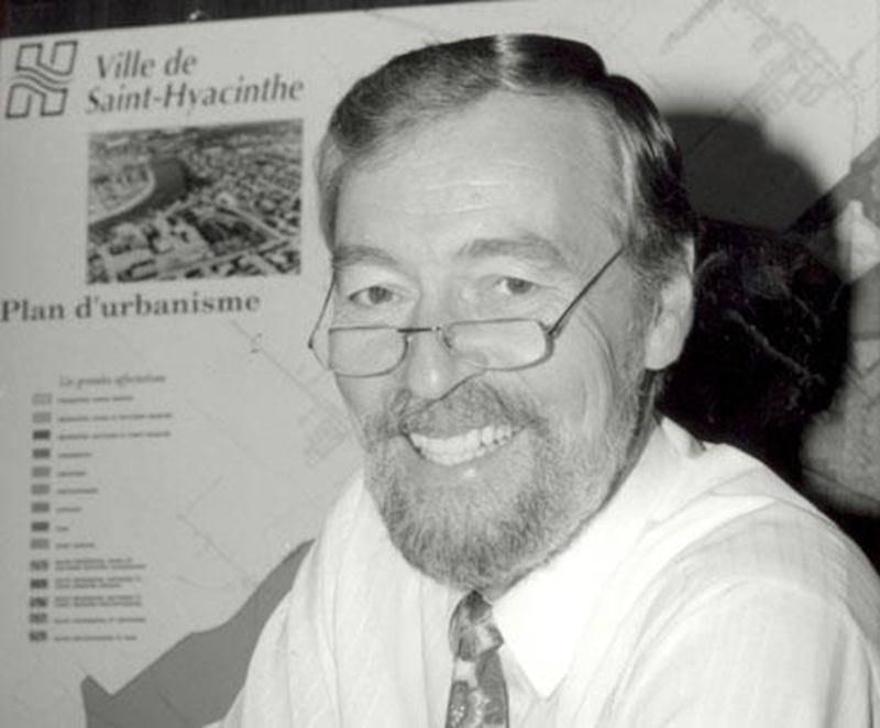 Bernard Avard a été conseiller municipal à la Ville de Saint-Hyacinthe de 1983 à 1996.