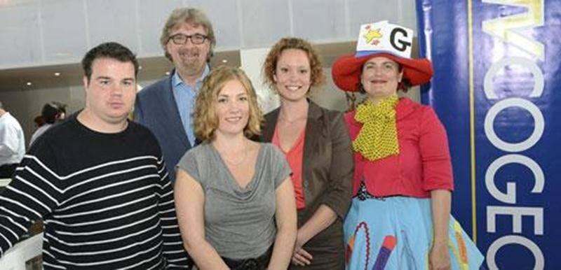 Bruno Beauregard, vidéojournaliste; Marc Perreault, animateur; Vicky Kenty, journaliste; Jessica Lalonde, coordonnatrice à la programmation et Gribouille Bouille, animatrice.