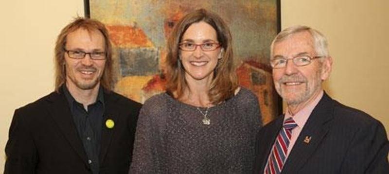 Louis Lemay, directeur général de Contact Richelieu-Yamaska; Sylvie Fréchette, médaillée olympique et conférencière et Claude Bernier, maire de Saint-Hyacinthe.