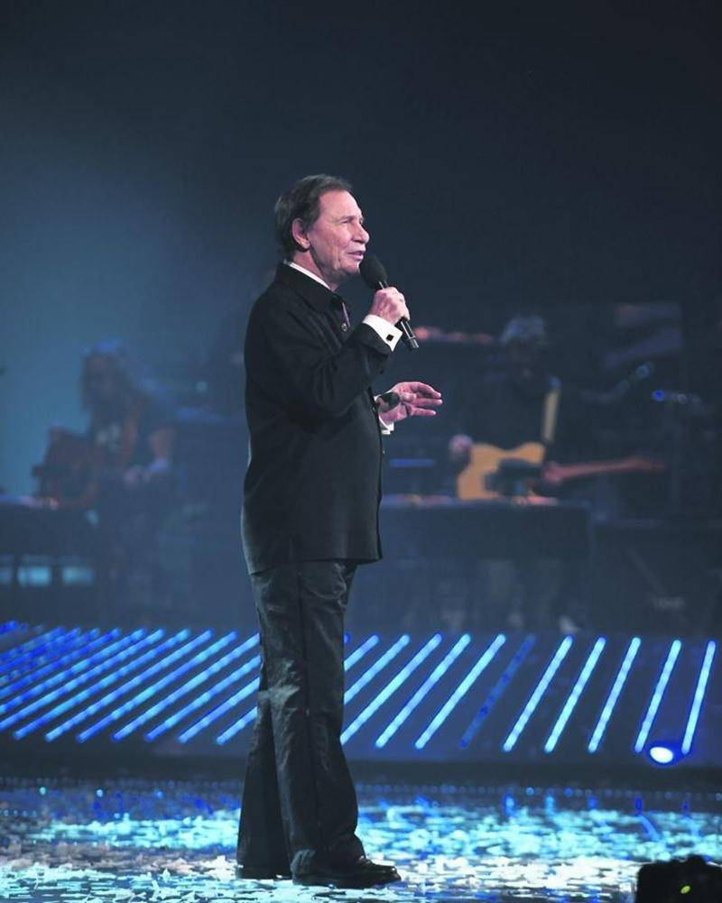 Jean-Pierre Ferland interprétera ses plus grands succès sur scène en compagnie des musiciens et des chanteurs d'En avant la musique! le 5 juillet à l'Église Saint-Matthieu de Beloeil. Courtoisie
