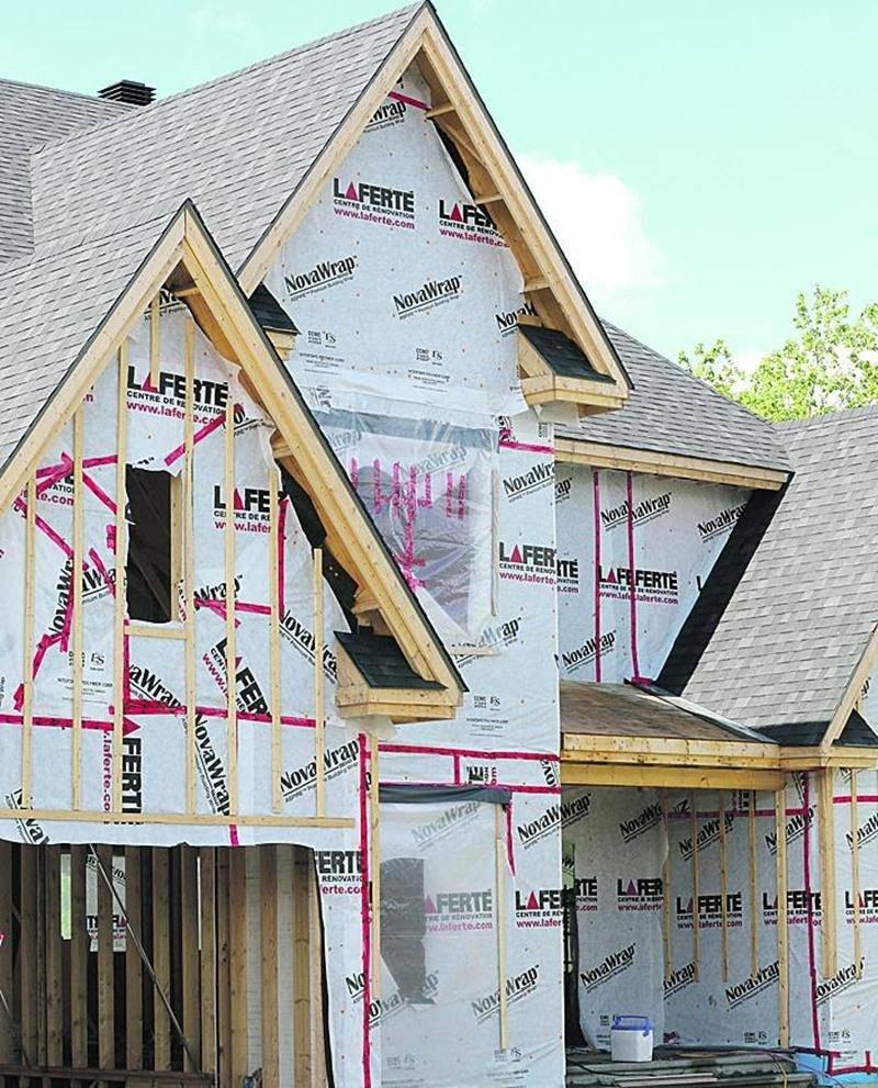 Un crédit de taxes foncières pendant trois ans est actuellement accordé aux nouveaux propriétaires de maisons neuves construites sur l'ensemble du périmètre urbain de Saint-Hyacinthe.  Photo Robert Gosselin | Le Courrier ©