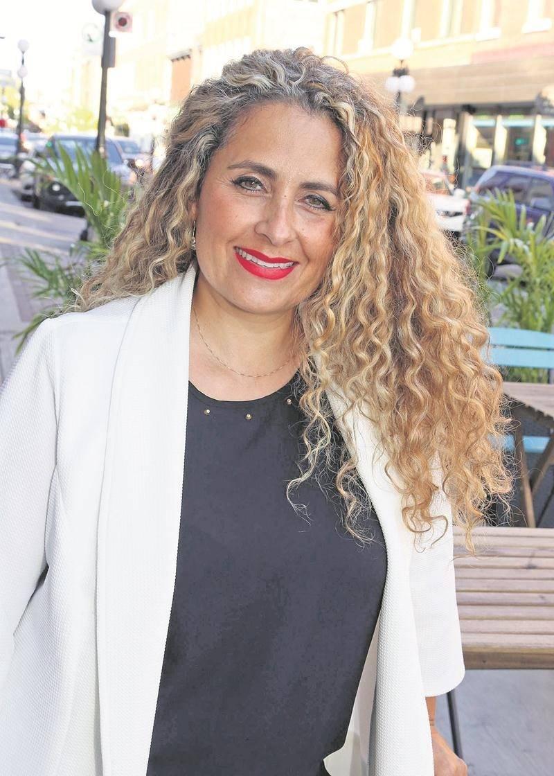 Angelika Gil sera candidate aux élections municipales dans le district Cascades.   Photo Robert Gosselin   Le Courrier ©