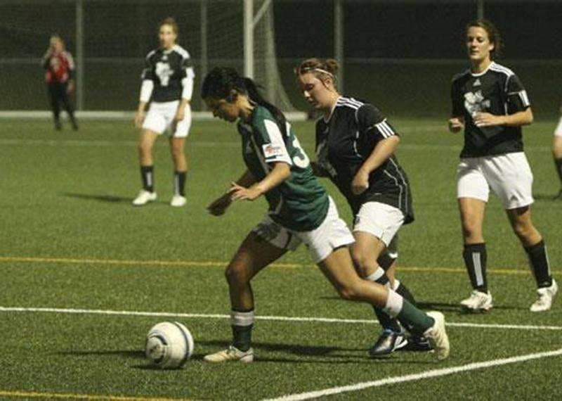Anne-Katherine Charron (en vert), de l'Inter senior féminin division 1.