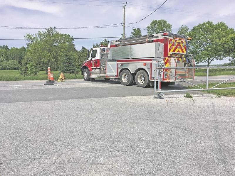 La circulation a été bloquée une bonne partie de la journée pour permettre aux spécialistes en reconstitution de la Sûreté du Québec d'analyser la scène.