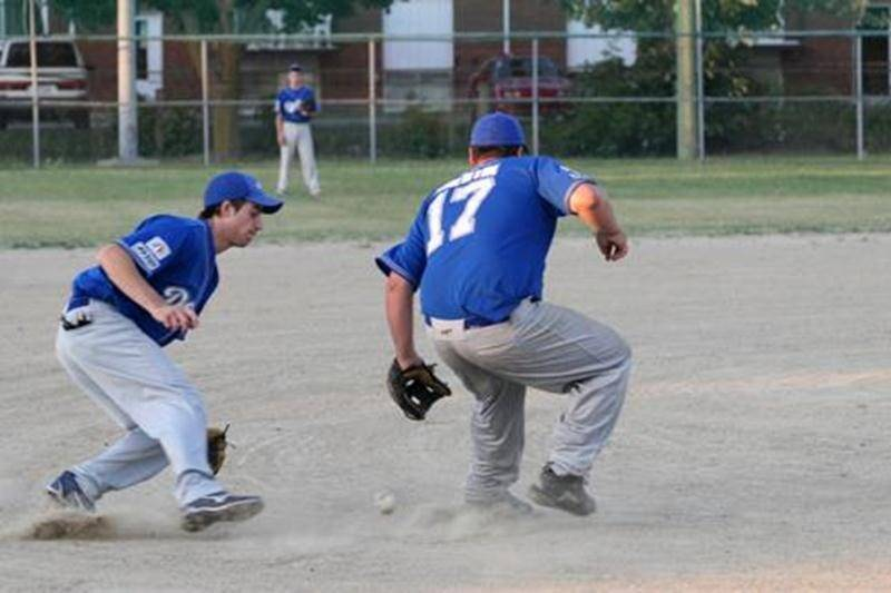 Les Dodgers de Saint-Hyacinthe ont vaincu les Seigneurs de Repentigny 12-9 lors de la partie locale du 23 juillet.