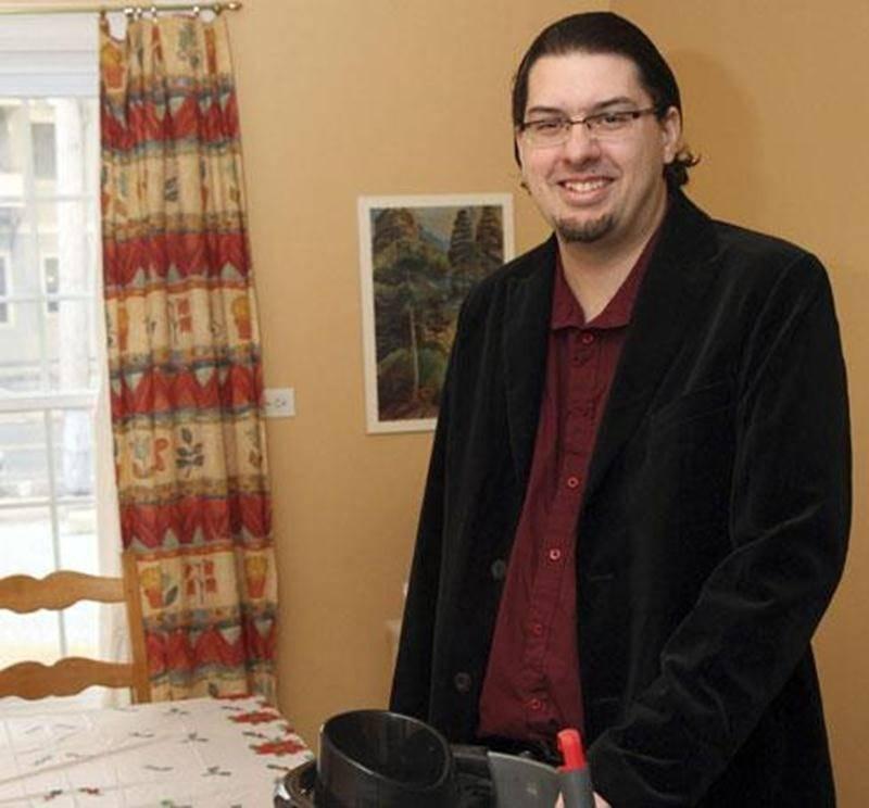 Bruno Decelle, dirigeant de la Coopérative de solidarité aux p'tits soins