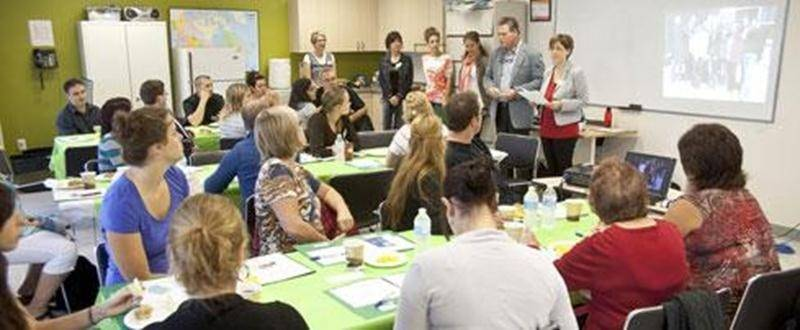 Une activité Café pop s'est tenue dans les locaux de la Maison de la famille des Maskoutains dans le cadre du projet DémarMots.