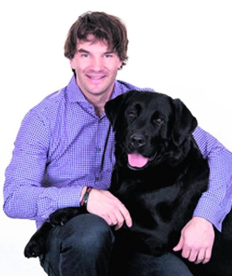 Nicolas St-Pierre et son chien Roger
