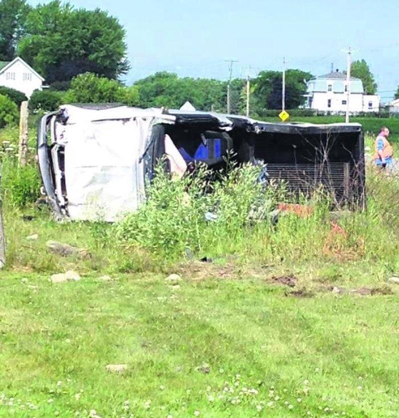 Une sortie de route, survenue lundi sur la route 116 à Acton Vale, a coûté la vie de Gérard Daviau, un automobiliste âgé de 62 ans de Saint-Valérien-de-Milton. Photo Francis Chevalier