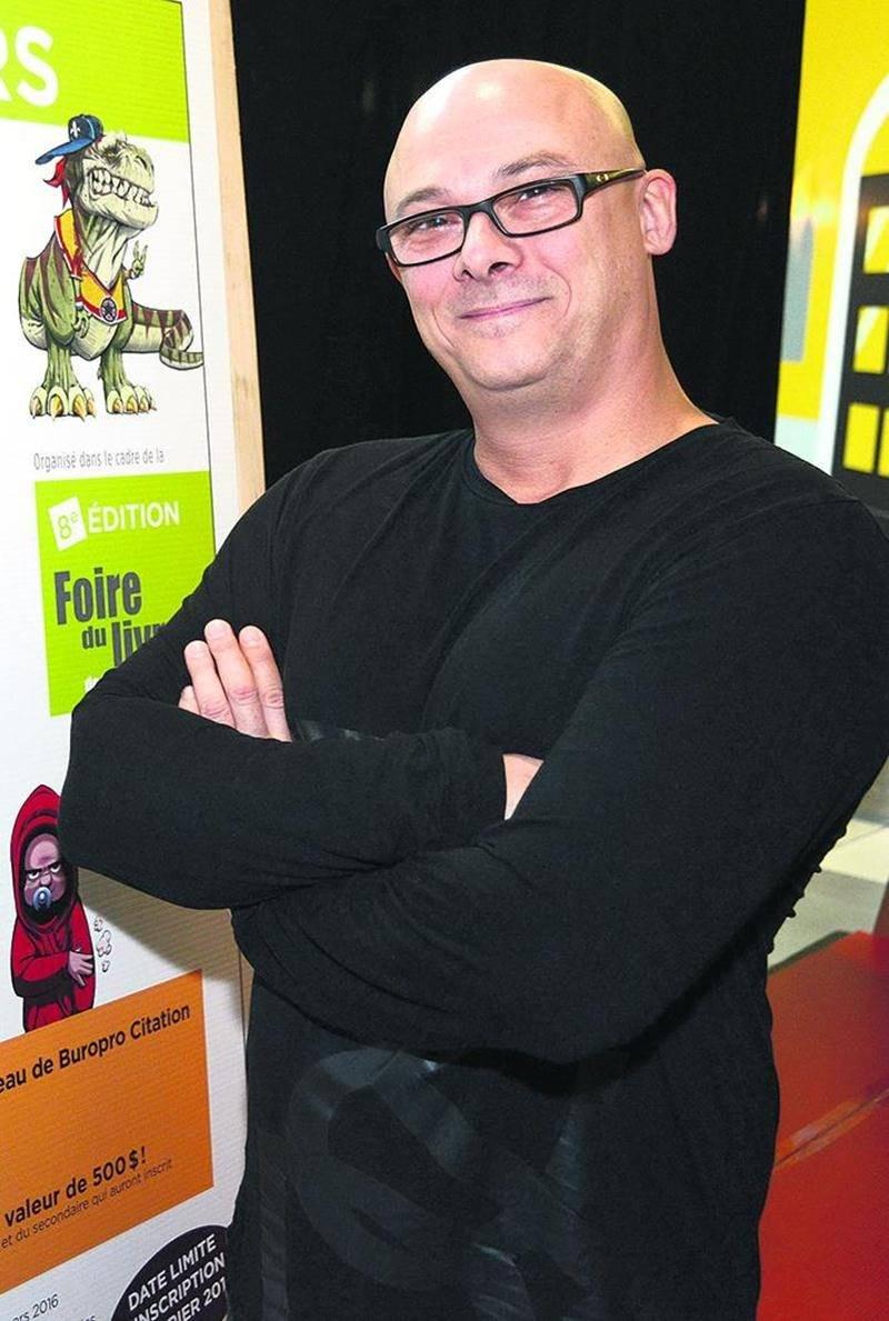 Samuel Parent, bédéiste et illustrateur, est le porte-parole du Concours littéraire Desjardins.  François Larivière | Le Courrier ©