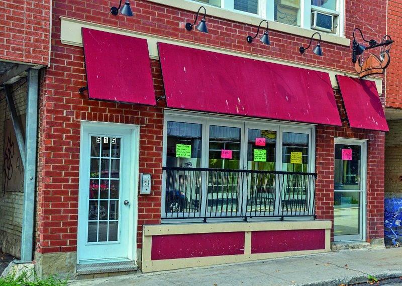 Le bar Le Gaulois a fermé ses portes plus tôt cet été. Photo François Larivière | Le Courrier ©