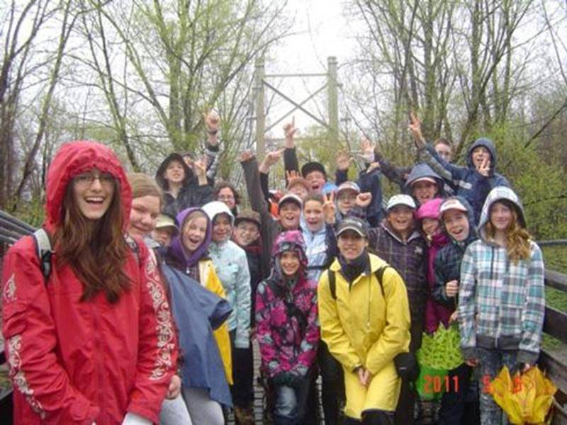 Les élèves de l'école Plein-Soleil ont visité le Parc national des îles de Boucherville grâce au Fonds Éco École et au programme « À l'école de la nature ».