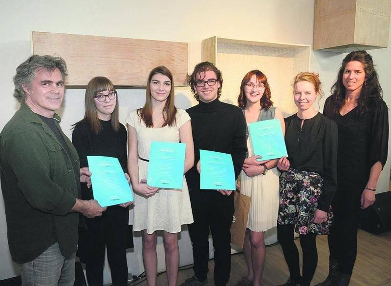 Des étudiants et des professeurs du programme d'Arts visuels du Cégep de Saint-Hyacinthe. Photo François Larivière | Le Courrier ©