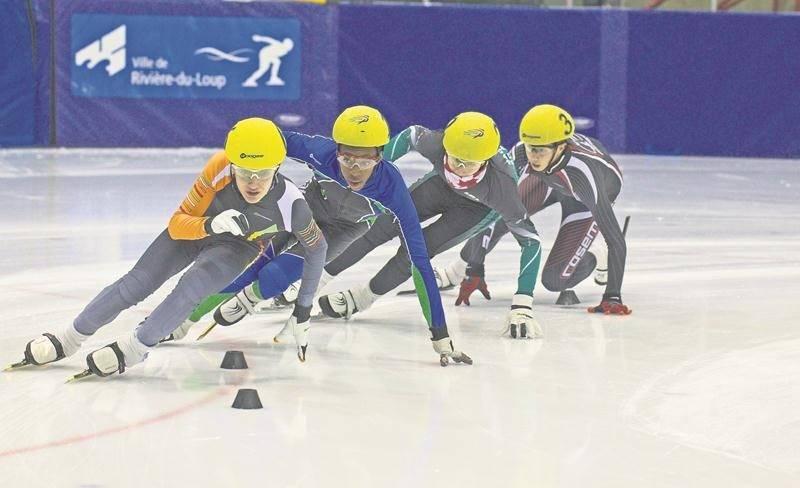 Édouard Auger (à l'avant) est monté sur le podium à chacune des courses auxquelles il a pris part au championnat provincial par groupe d'âge. Photo Courtoisie