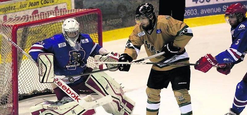 Les Lauréats ont réussi à contenir la puissante attaque des Rangers de Montréal-Est pour signer leur 13e victoire de la saison. Photo Robert Gosselin | Le Courrier ©