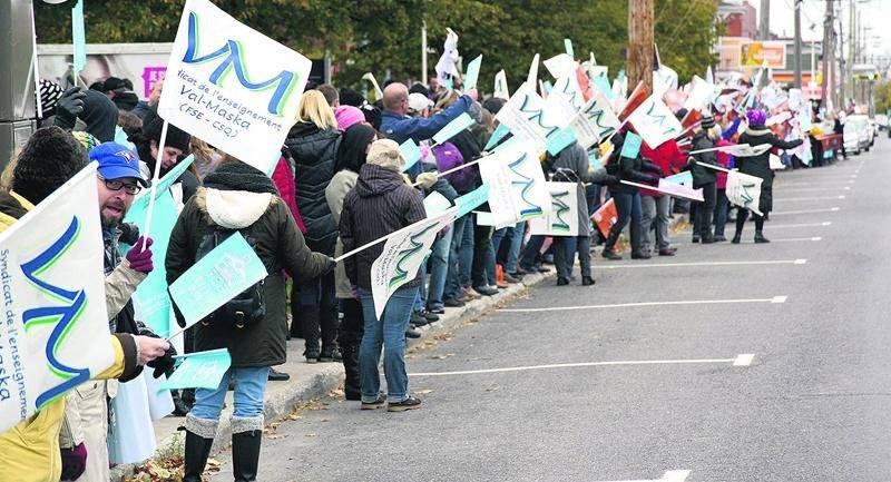 Les membres du syndicat Val-Maska ont accepté dans une proportion de 85% l'entente de principe négociée avec Québec et mettront ainsi fin aux moyens de pression qui ont perturbé la vie scolaire depuis la rentrée. Photothèque | Le Courrier ©