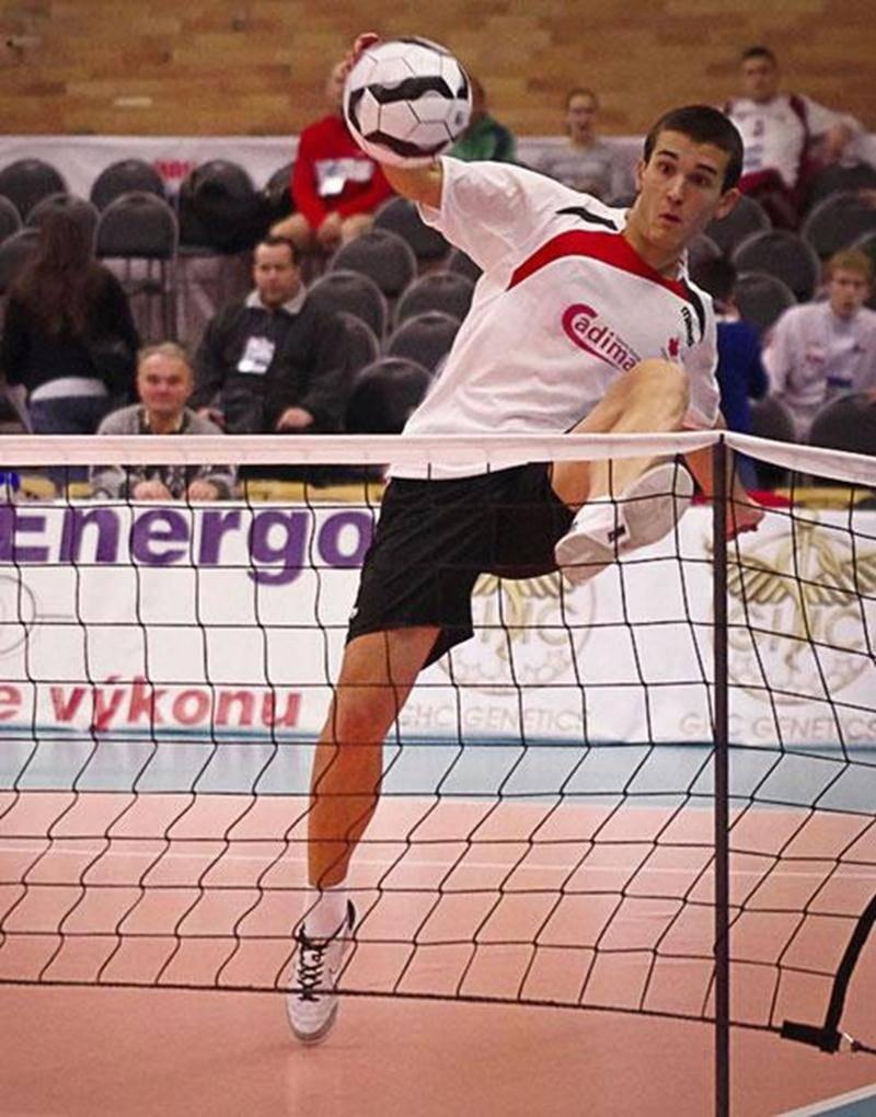 Joé Lachambre aura la chance de montrer ses prouesses devant les siens lors du premier Mondial Soccer-Tennis de Montréal.