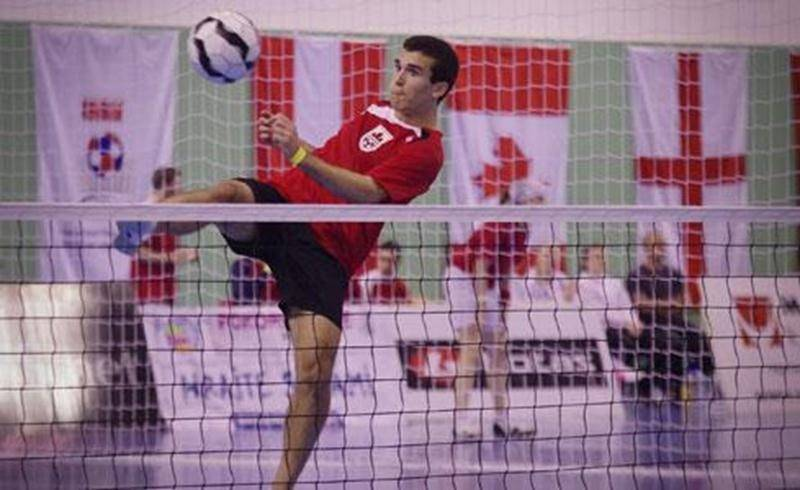 Joé Lachambre en action lors d'une partie de futnet au Championnat du monde U21 en République tchèque.
