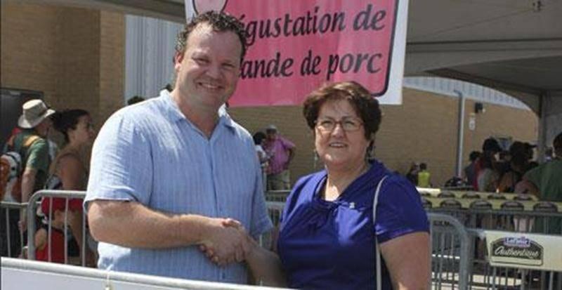 Sur la photo : David Duval, président du Syndicat des producteurs de porcs de la région de Saint-Hyacinthe en compagnie de Claudine Gauvin, de la Moisson maskoutaine.