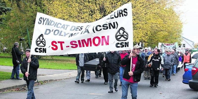 Après sept années de démarches juridiques, le syndicat des travailleurs d'Olympia (CSN) de l'usine Olymel de Saint-Simon crie aujourd'hui victoire.  Photothèque | Le Courrier ©