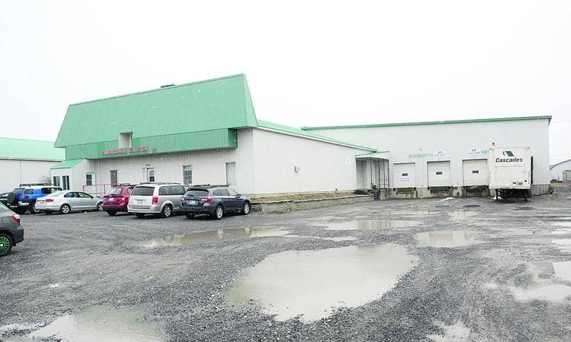 En faillite, les actifs d'Emballages Cartex de Saint-Pie ont été acquis par Les Emballages Mitchel-Lincoln dont le siège social est à Montréal. Photo François Larivière | Le Courrier ©