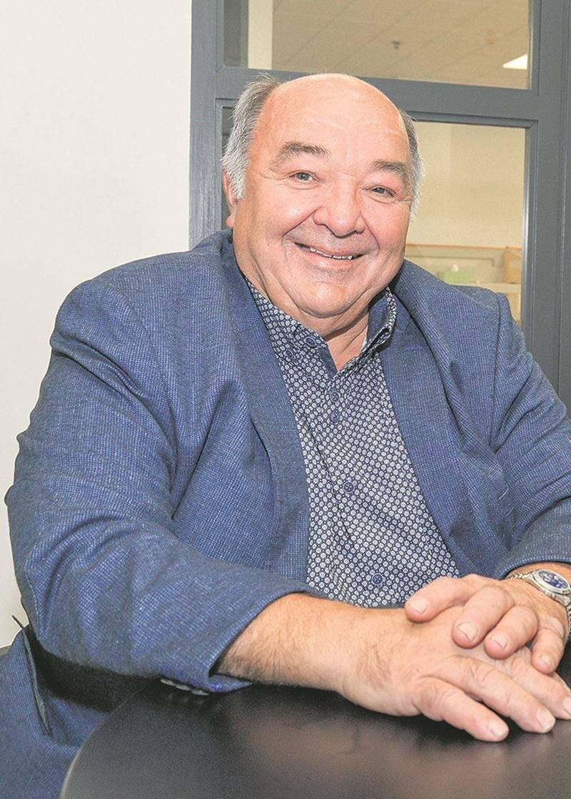 Même s'ils ont perdu leurs élections, Jacques Denis et Serge Guertin continuent de garder un œil sur les dossiers qui touchent leur secteur. Photothèque | Le Courrier ©