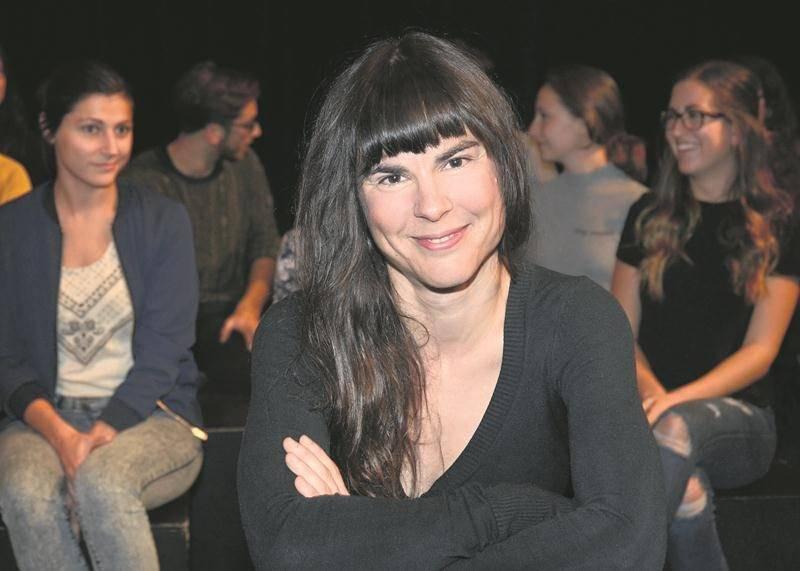 Les finissants de l'École de théâtre du Cégep de Saint-Hyacinthe présentent la pièce Agnita de l'auteur et comédien québécois François Godin, un projet qui a été proposé par la metteure en scène Marilyn Perreault.