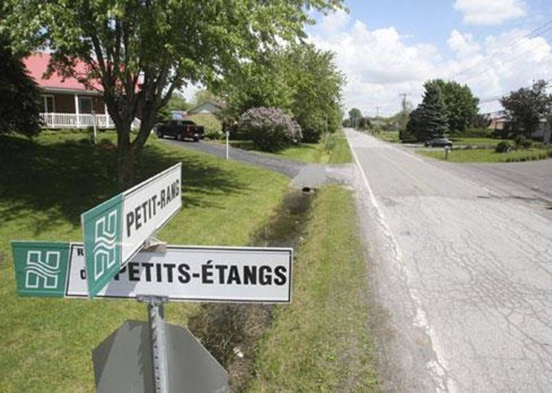 La question du prolongement de l'égout sanitaire dans le secteur Laframboise, Petit-Rang et Petits-Étangs, dans le district Saint-Thomas-d'Aquin redevient d'actualité au conseil municipal.