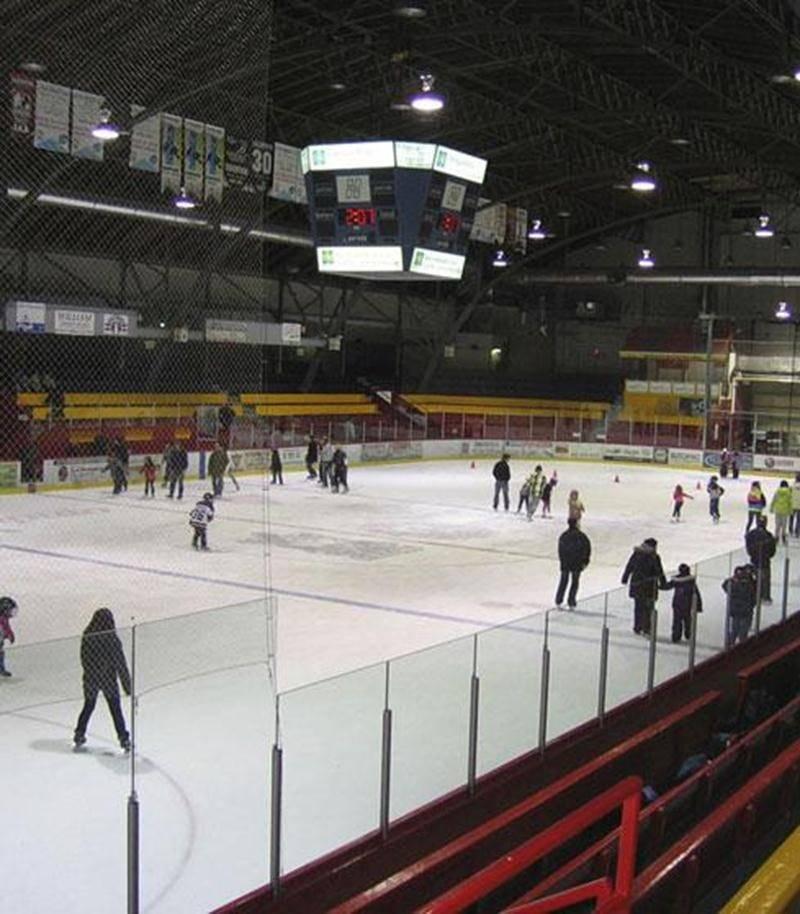 Il reste encore quelques jours pour profiter des séances de patinage libre dans les différents stades municipaux.