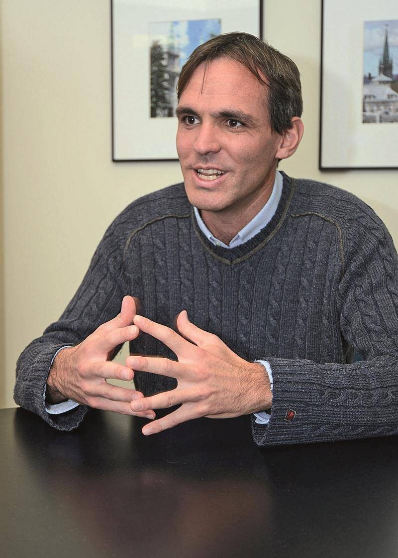 Le conseiller David Bousquet est également président de l'Office municipal d'habitation de Saint-Hyacinthe.