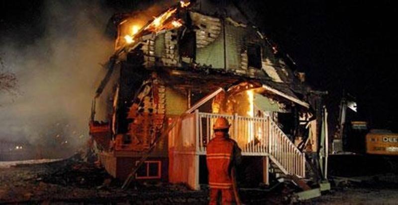L'incendie a complètement détruit une maison du 3<sup>e</sup> rang, à Sainte-Rosalie.