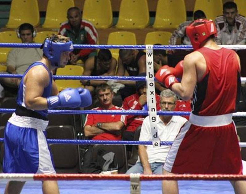 Richard Horth, à gauche sur la photo, affrontera en finale de Boxemania 5 un géant de 6 pieds 5 pouces et un champion québécois, Christophe Bernier.