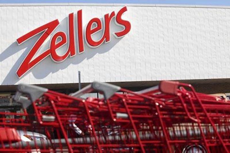 Le magasin Zellers, de Saint-Hyacinthe, ne passera pas sous la bannière Target, mais son avenir reste incertain.