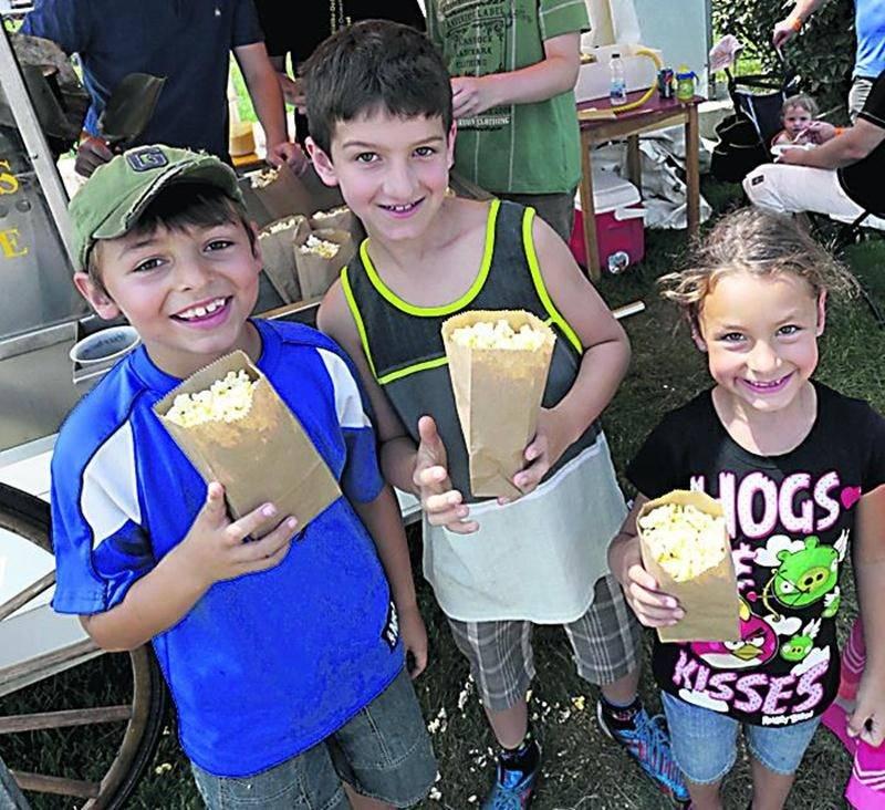 Pas moins de 18000 sacs de maïs soufflé ont été distribués au cours de la fin de semaine. Photo Robert Gosselin | Le Courrier ©