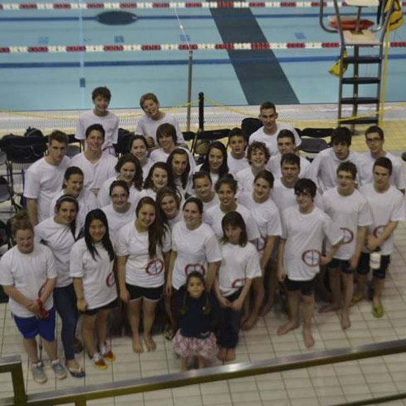 Le CNSH s'est démarqué autant par ses performances en bassin que par son enthousiasme lors de sa plus récente compétition par équipe.