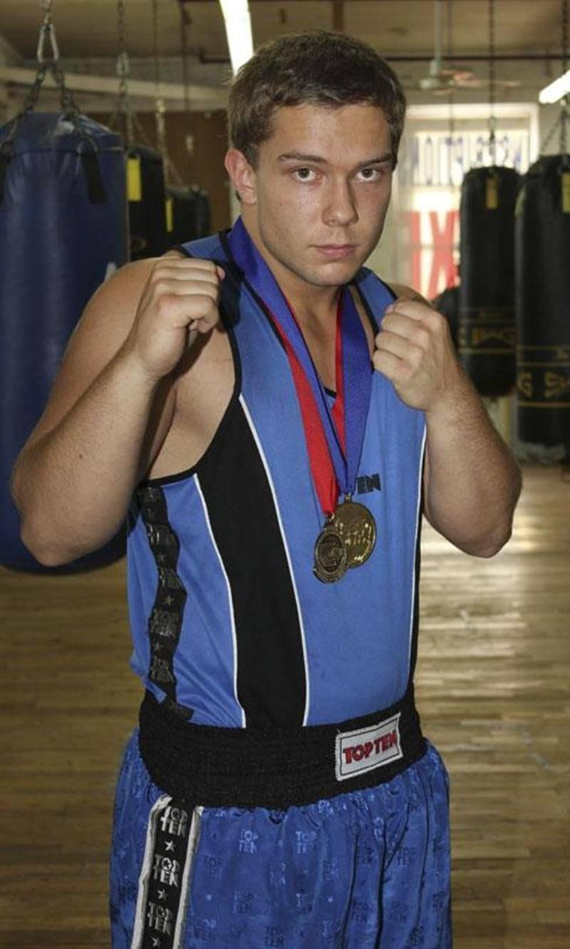 Richard Horth, du Club de boxe Les Apprentis Champions, a remporté son duel face à Jean-Michel Landry, samedi.
