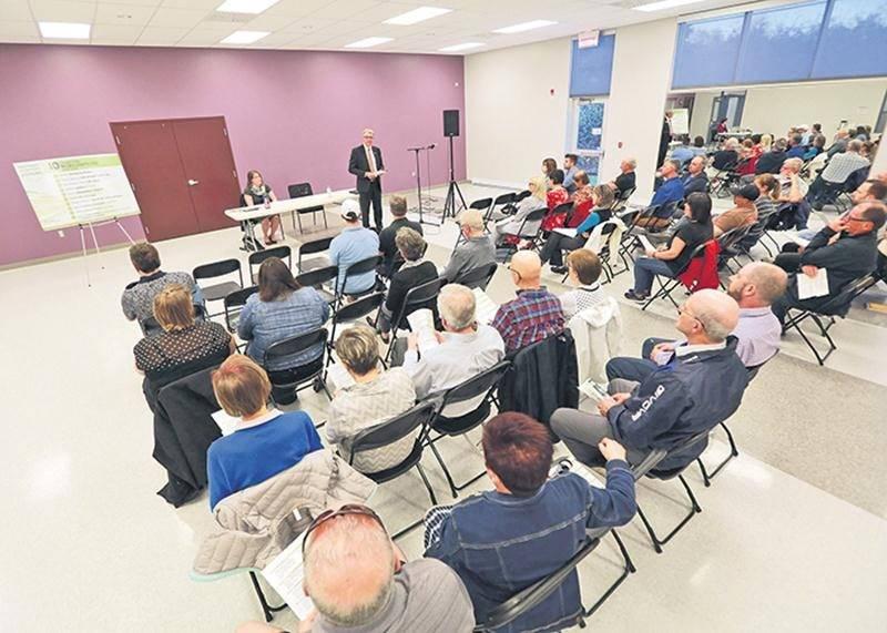 La réponse aux différentes rencontres citoyennes s'annonce bonne jusqu'ici à Saint-Hyacinthe. Le contenu local, voire hyperlocal, semble même attirer plus de gens que les traditionnelles séances publiques du conseil.