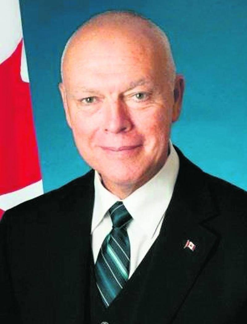 Le sénateur Jean-Guy Dagenais sera aux Galeries St-Hyacinthe le samedi 8 novembre dans le cadre de la Clinique de passeport.